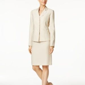 Le Suit Skirts - Le Suit Skirt Suit Three-Button Beach Sand